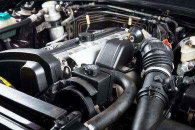 Motoren & Fahrzeuge